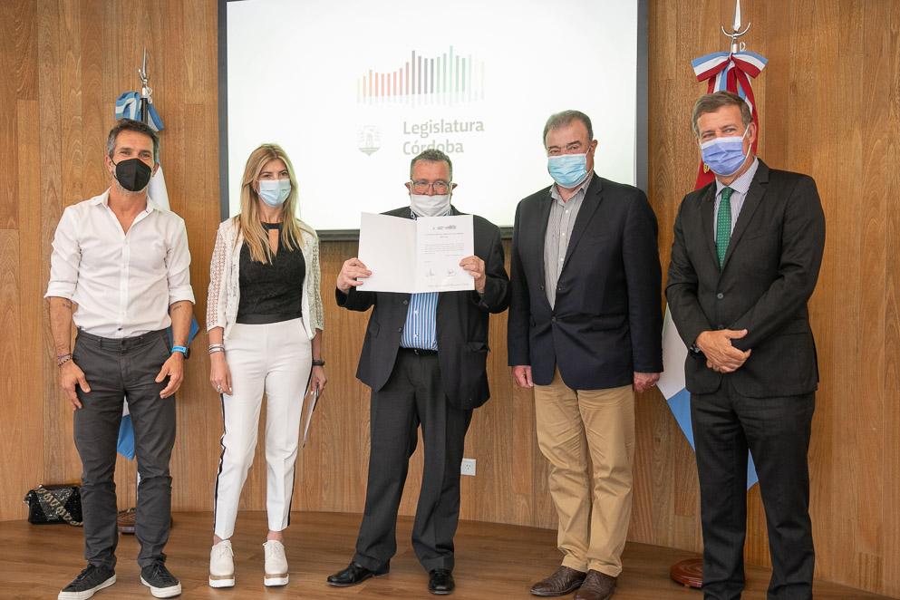 """El libro """"El Pantanillo de Ernesto Sábato"""", reconocido por la Legislatura"""